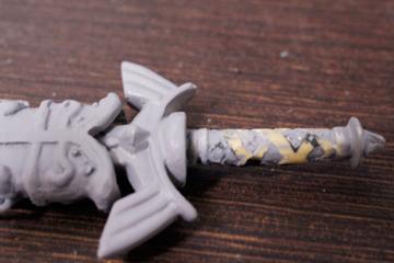 グリップというより装飾的な意味合いが強そうなクロス巻き
