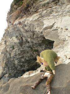 峡谷(2) 隠し洞窟をみつけました